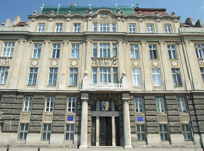 На Львівщині затримано іноземця, якого розшкукують за шахрайство