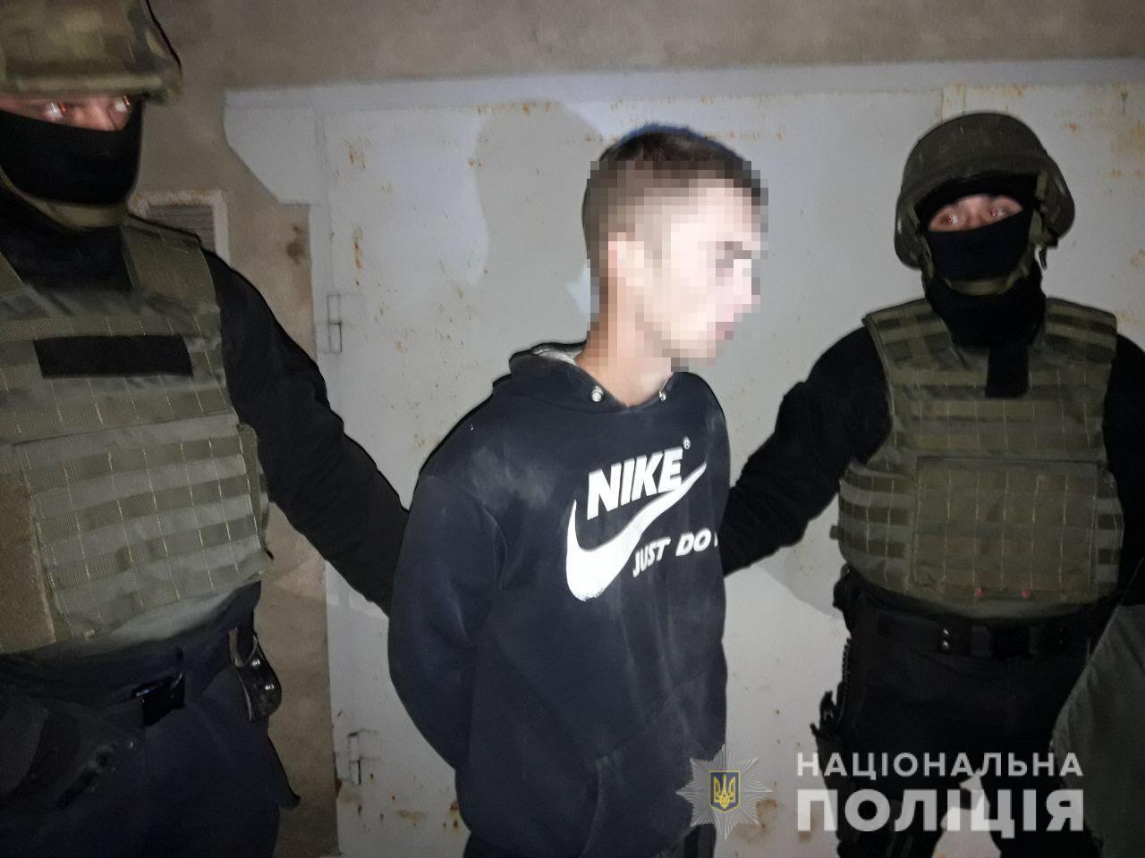 У Миколаєві поліція затримала банду, яка підривала банкомати. ФОТО
