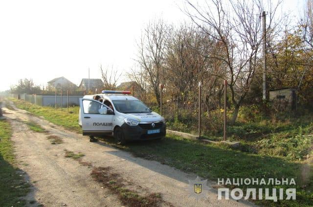 На Київщині затримано злодія, який з ножицями напав на пенсіонерку