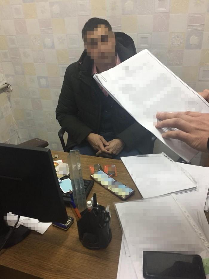 У Херсоні СБУ затримала на хабарі посадовця Держгеокадастру