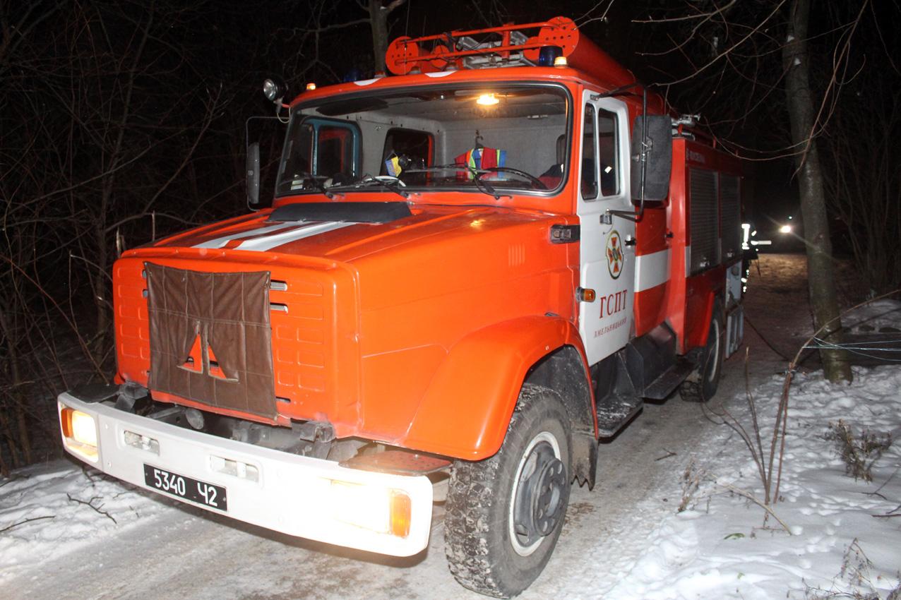 Під час пожежі у Хмельницькому вогнеборці врятували людину. ВІДЕО