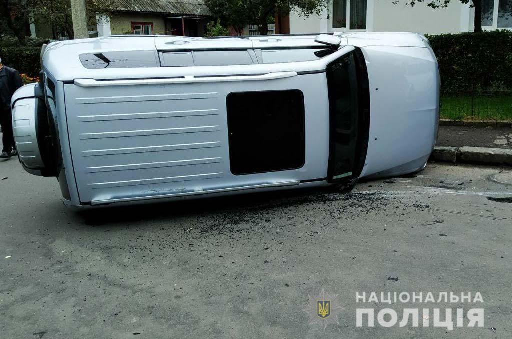 Під час двох ДТП у Рівному постраждали водій, пасажир та мотоцикліст.