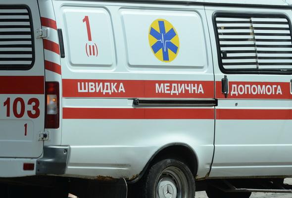 З переходу до лікарні: у Луцьку автобус збив літнього чоловіка