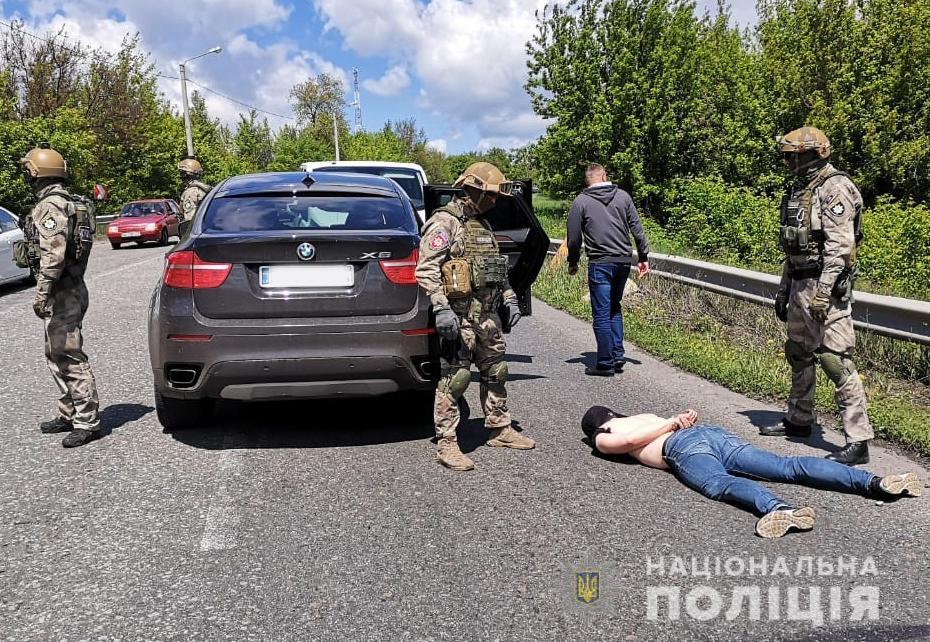 Поліція Житомирщини знешкодила банду викрадачів елітних іномарок. ФОТО