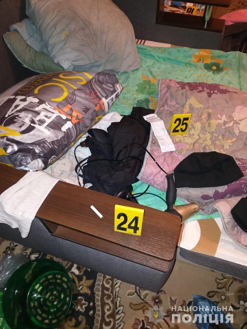Обставини подвійного вбивства у Харкові встановлює поліція. ФОТО