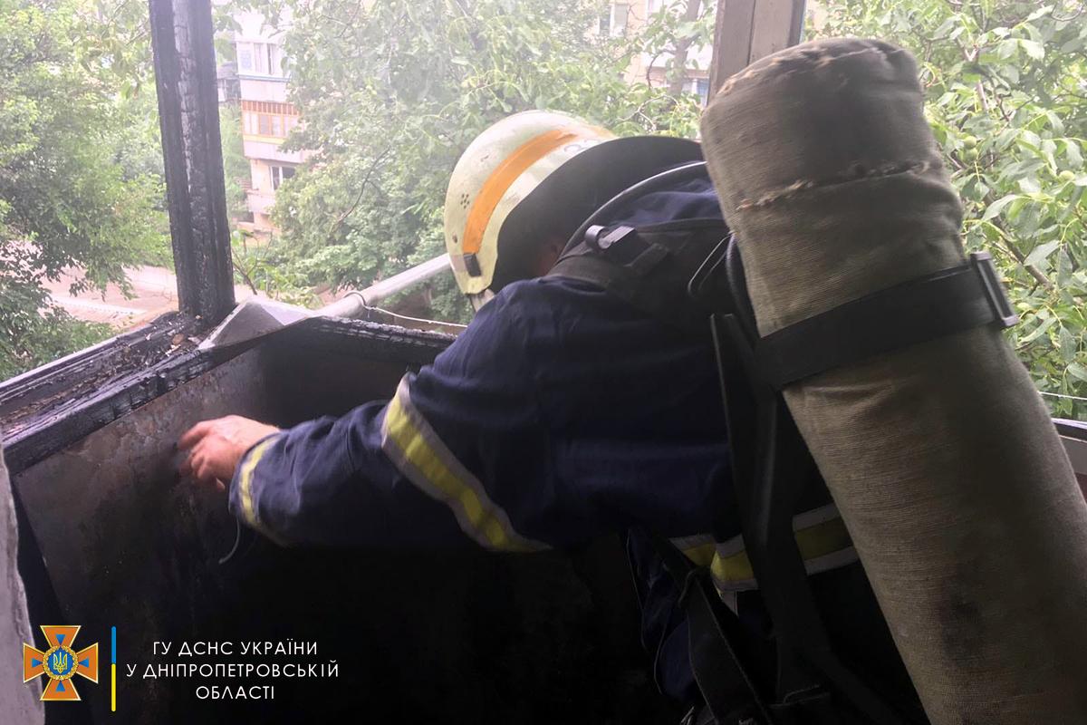 У Марганці під час пожежі на балконі квартири постраждала маленька дит